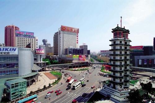 河南钢质防火卷帘-郑州二七纪念塔