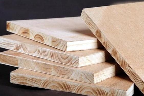 各类木材是否适合做家具?
