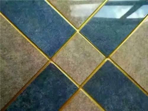 瓷砖粘接的过程中可以使用美缝剂吗?