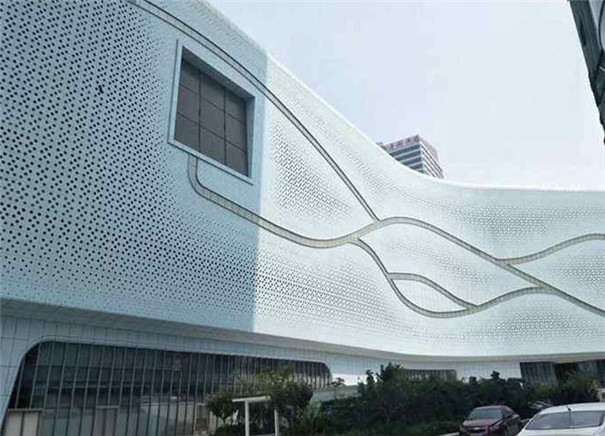 雕花铝单板安装后的效果图