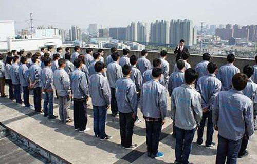 云南酒吧中央空调安装团队展示