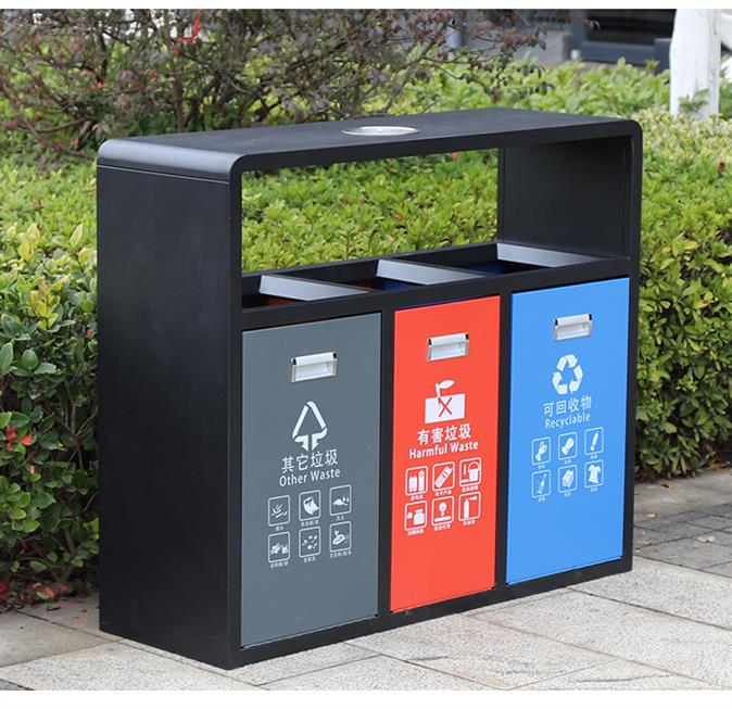 成都垃圾桶廠家:利用木條與鋼材相結合,營造生態環境藝術
