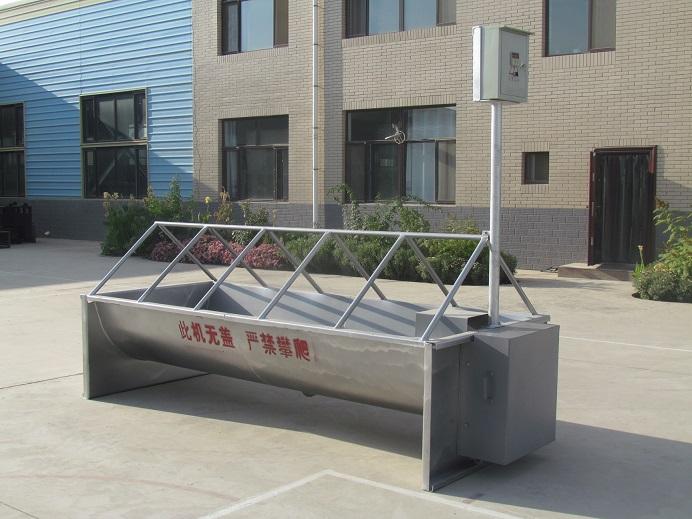 牧场电加热饮水槽设计方案了解一下!