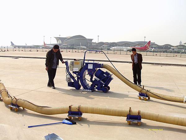 广州机场抛丸机去除标线_一除即净