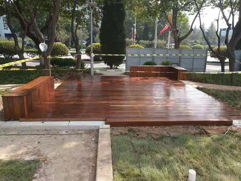 陕西防腐木地板案例
