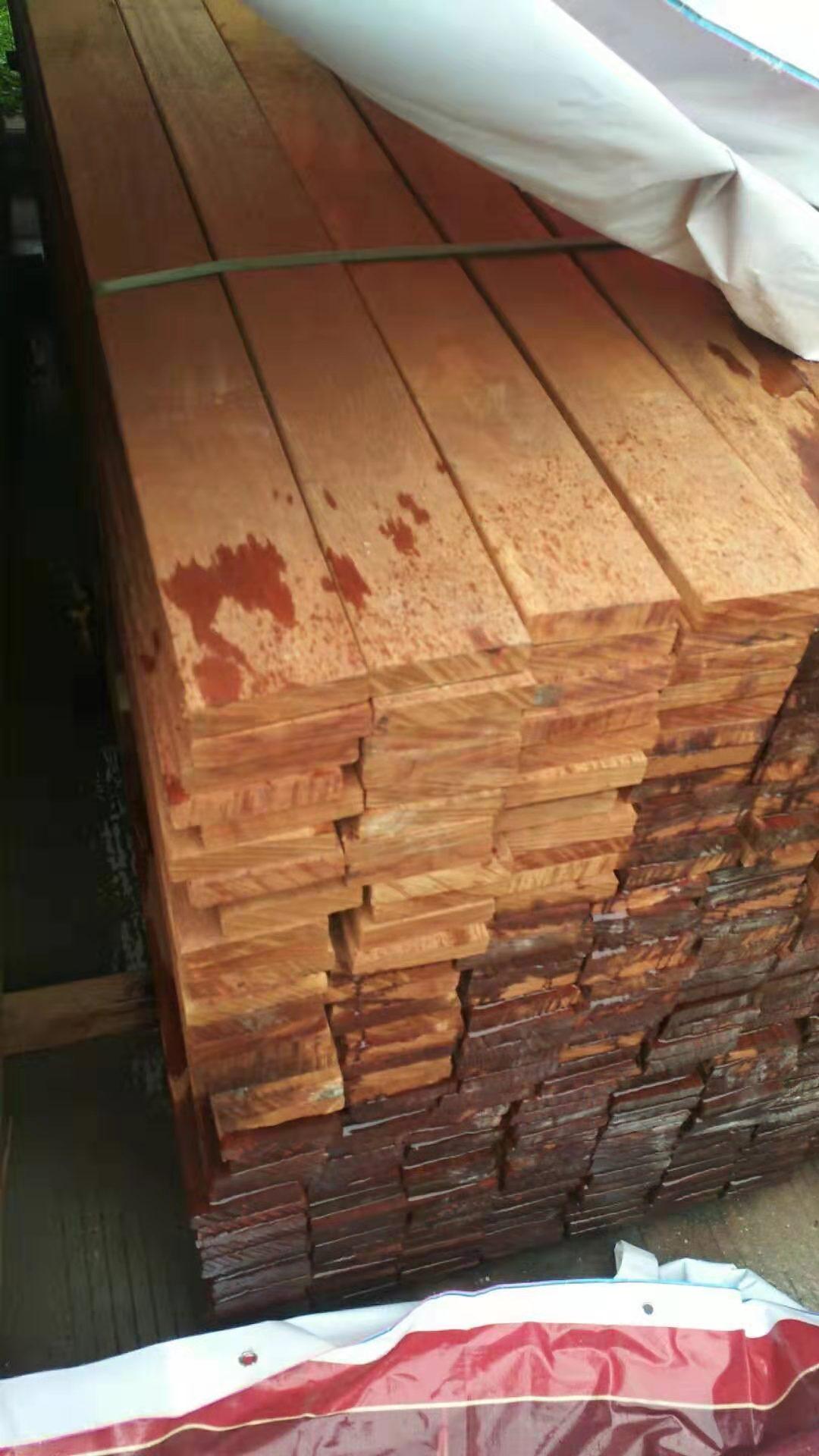 陕西防腐木厂房