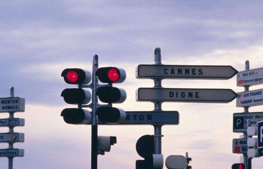 路口信号灯安装
