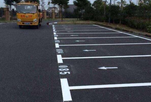 如何规划兰州停车场划线工作