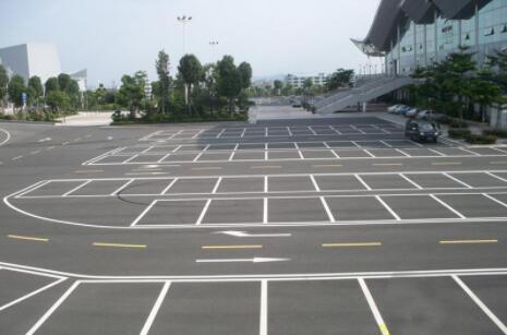 在兰州停车场划线操作应该注意什么