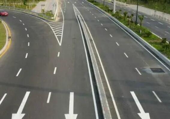 影响马路划线漆干燥速度原因