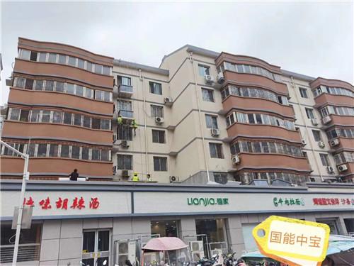 郑州航海路街道改造店招铝单板,墙面水包水铝单板,冲孔双色铝单板空调罩,墙面铝单板一期工程