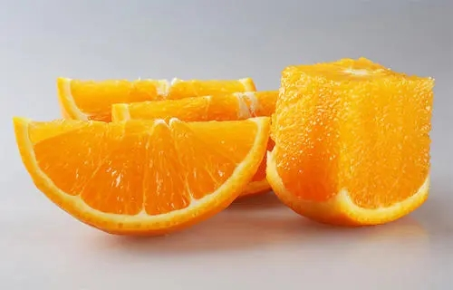 想要吃到好吃的脐橙,不仅需要种植户的呵护与照顾,还要掌握技巧