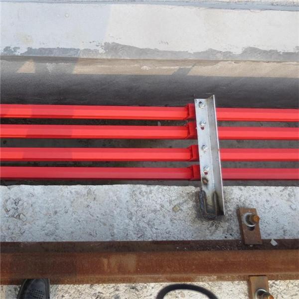 河南龙门吊供电滑触线