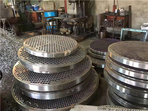 进行河南双相钢法兰焊接时需要注意的事项