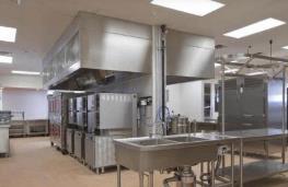 在我们挑选商用厨房设备的时候你们都会考虑到哪些因素呢?看过来!
