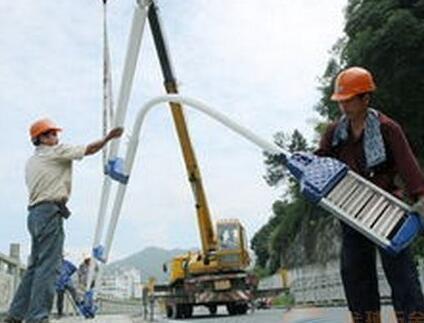 市政太阳能路灯施工现场