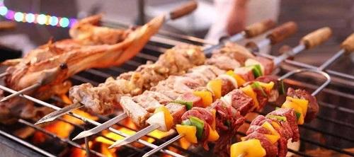烧烤类食物除含有致癌物质外,还会影响人体对钙、维生素B1的吸收