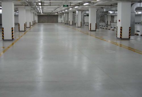 在成都固化剂地坪和普通水泥地坪中犹豫?看看有什么不同