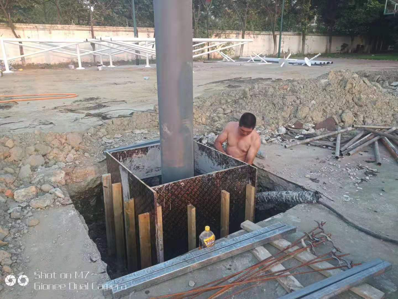 成都膜结构-体育看台膜结构现场安装施工