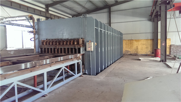 鼎元生产超高分子量聚乙烯管材现场