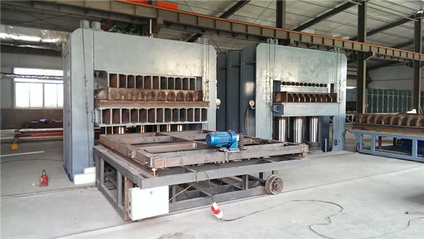 超高分子量聚乙烯板材厂区环境