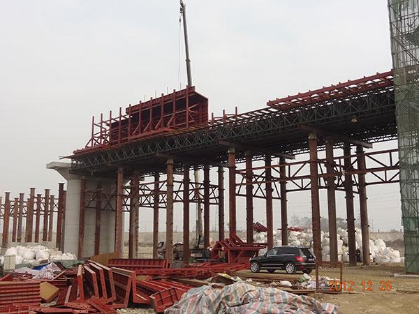 如何减少四川桥梁钢模板质量问题?