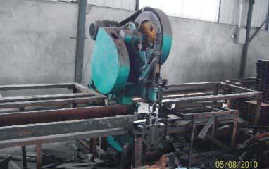 四川鋼模板聯合衝剪機
