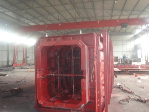 省建七公司箱涵:四川钢模板客户见证