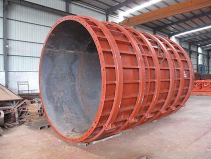 成都鋼模板施工時應該注意哪些安全措施