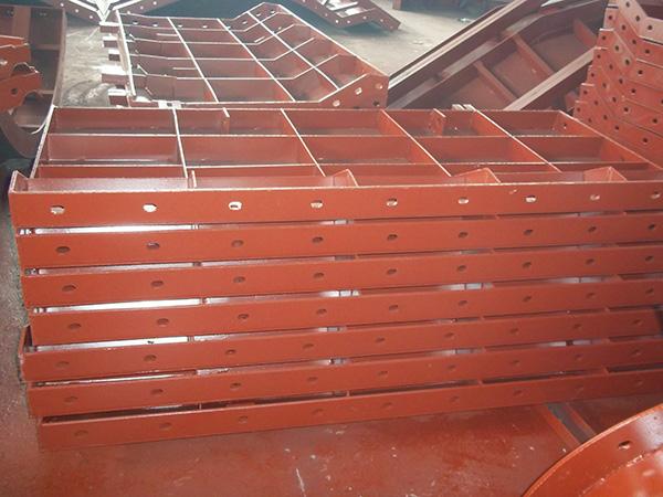 成都異型鋼模板生產