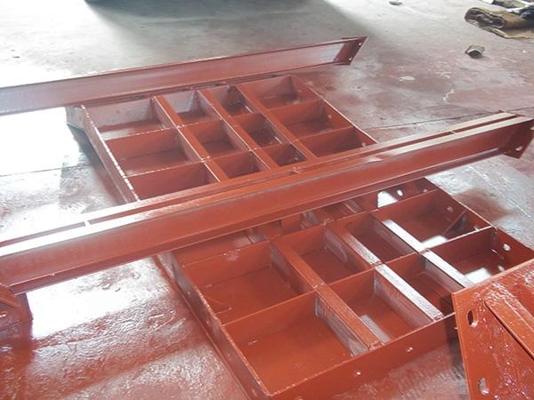 關於成都建築鋼模板的配製介紹