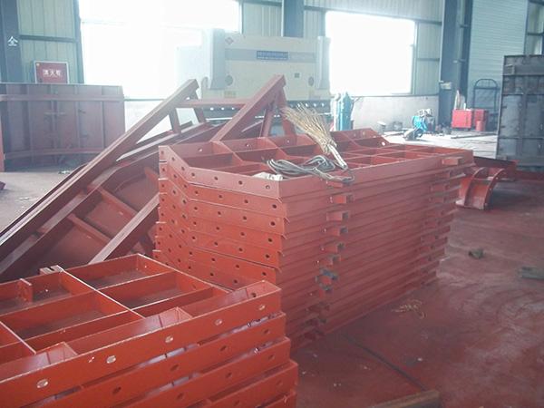 成都鋼模板配件組裝流程