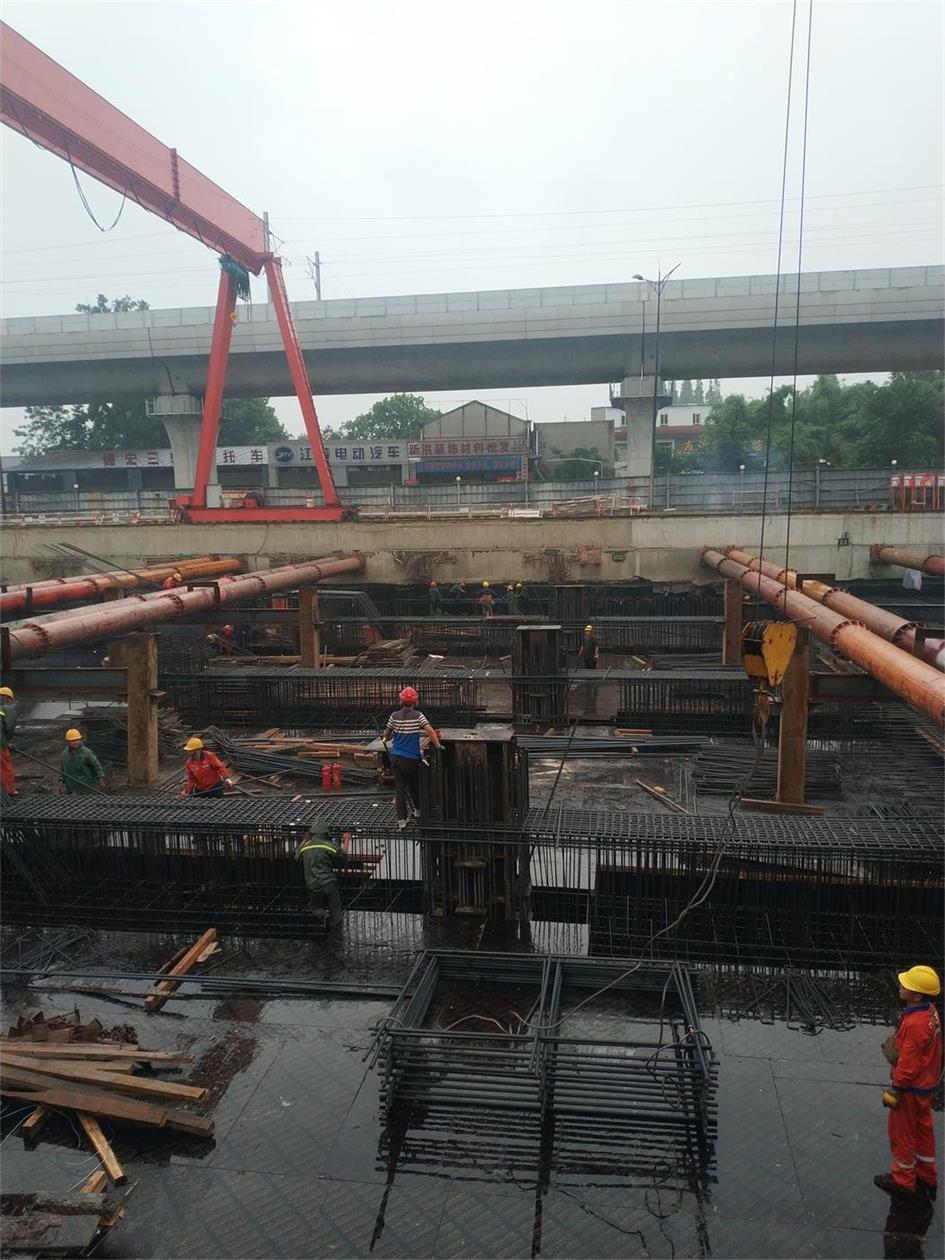 成都地鐵17號線鋼立柱及檢測報告