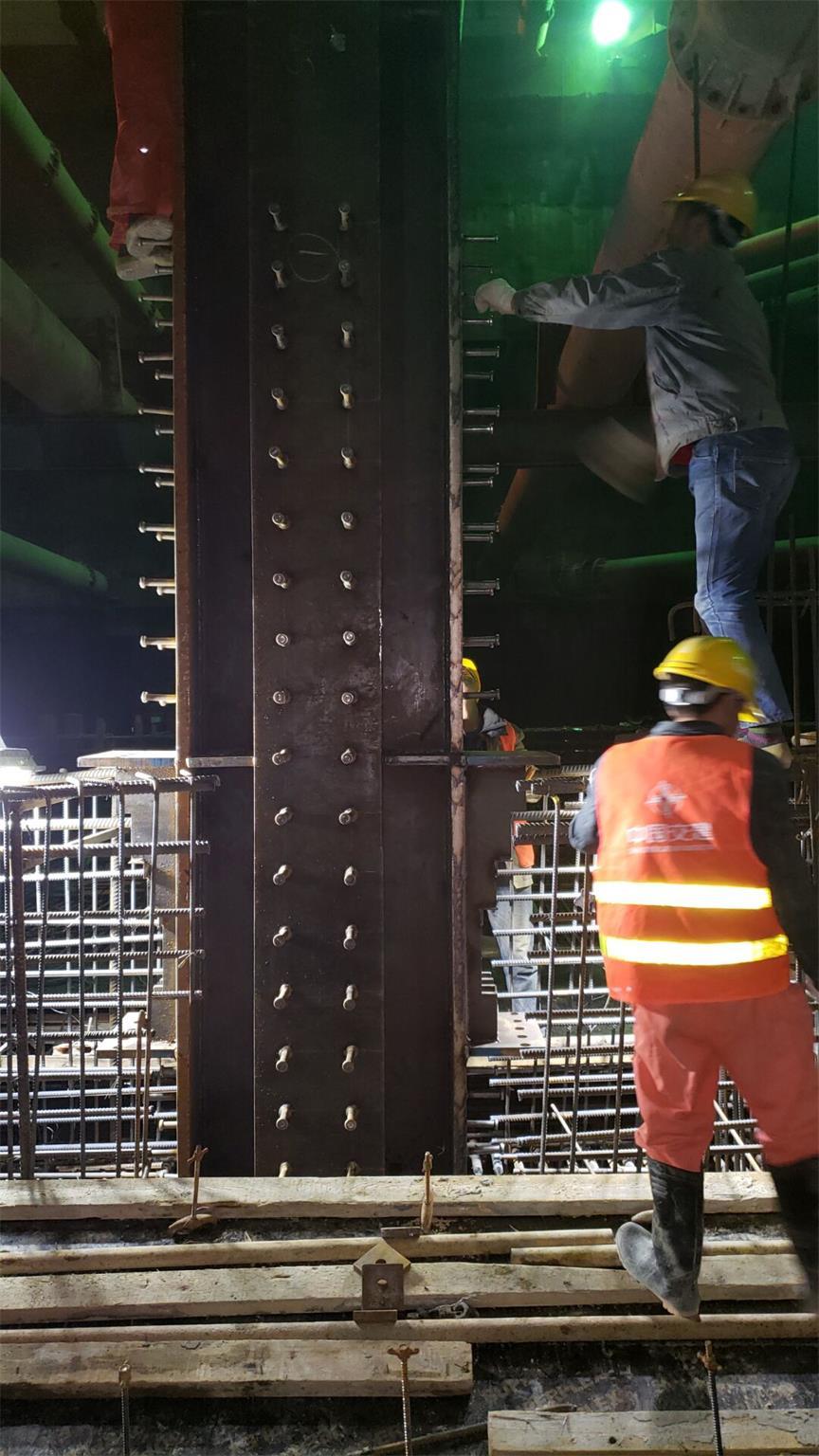 成都地铁17号线钢立柱及检测报告