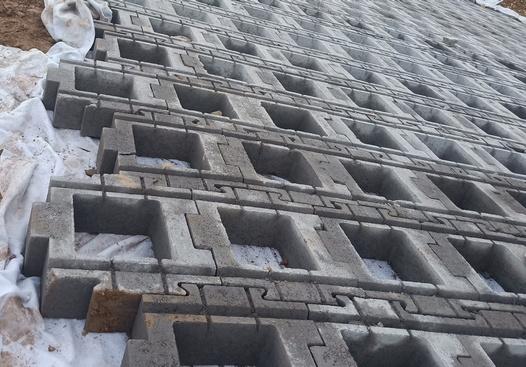 护坡砖在进行施工的时候这四点优势你知道吗