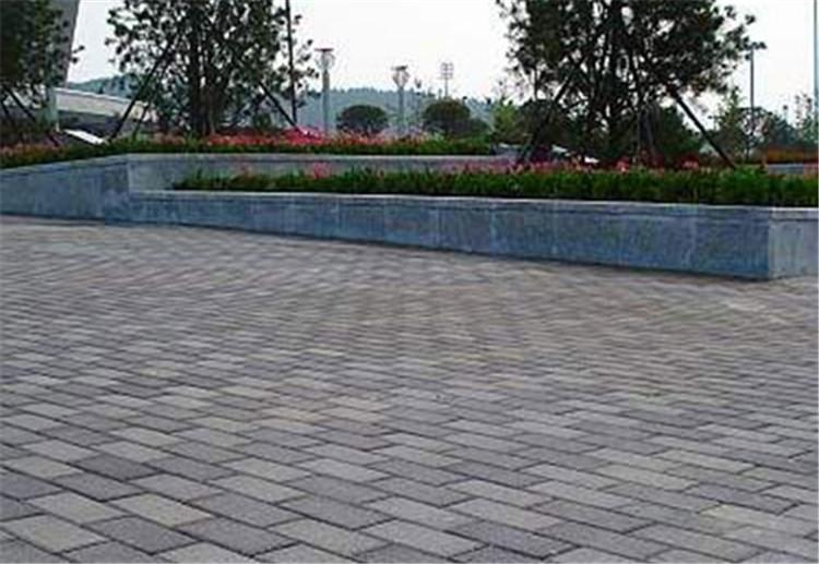 平时我们在使用中生态透水砖的特性是什么呢,请跟米兰建材一起了解