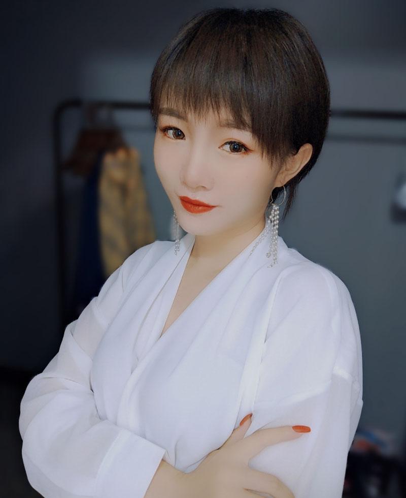王丹-兰州瑞尚化妆培训学校优秀学员