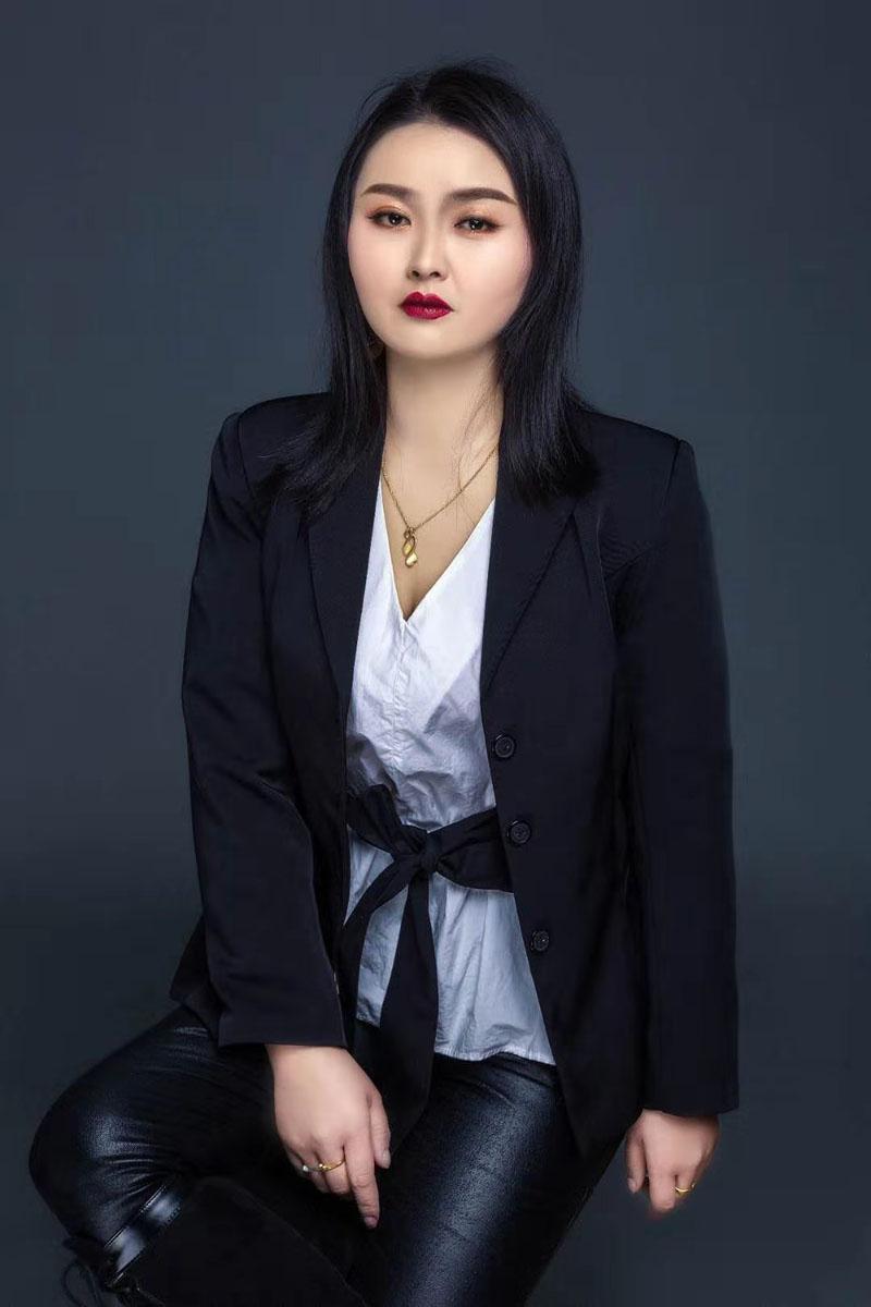 瑞尚化妆优秀学子尹雯