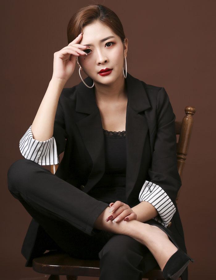 姚小丽-兰州瑞尚化妆优秀学员