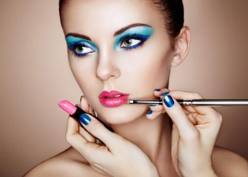 眼妆的化妆技巧 眼妆化妆技巧解析