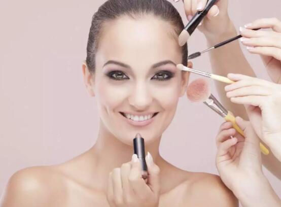 生活中的化妆之法源于我们的生活细节
