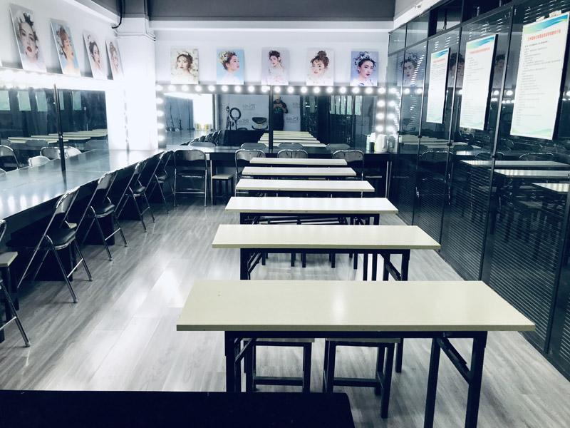 兰州瑞尚职业培训学校教学环境展示