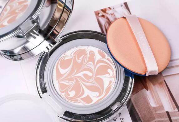 化妆的技术不断提高只是为了提高颜值