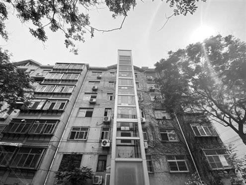 明年济南老楼加装电梯表决规则变了,一个单元12户6户同意即可。