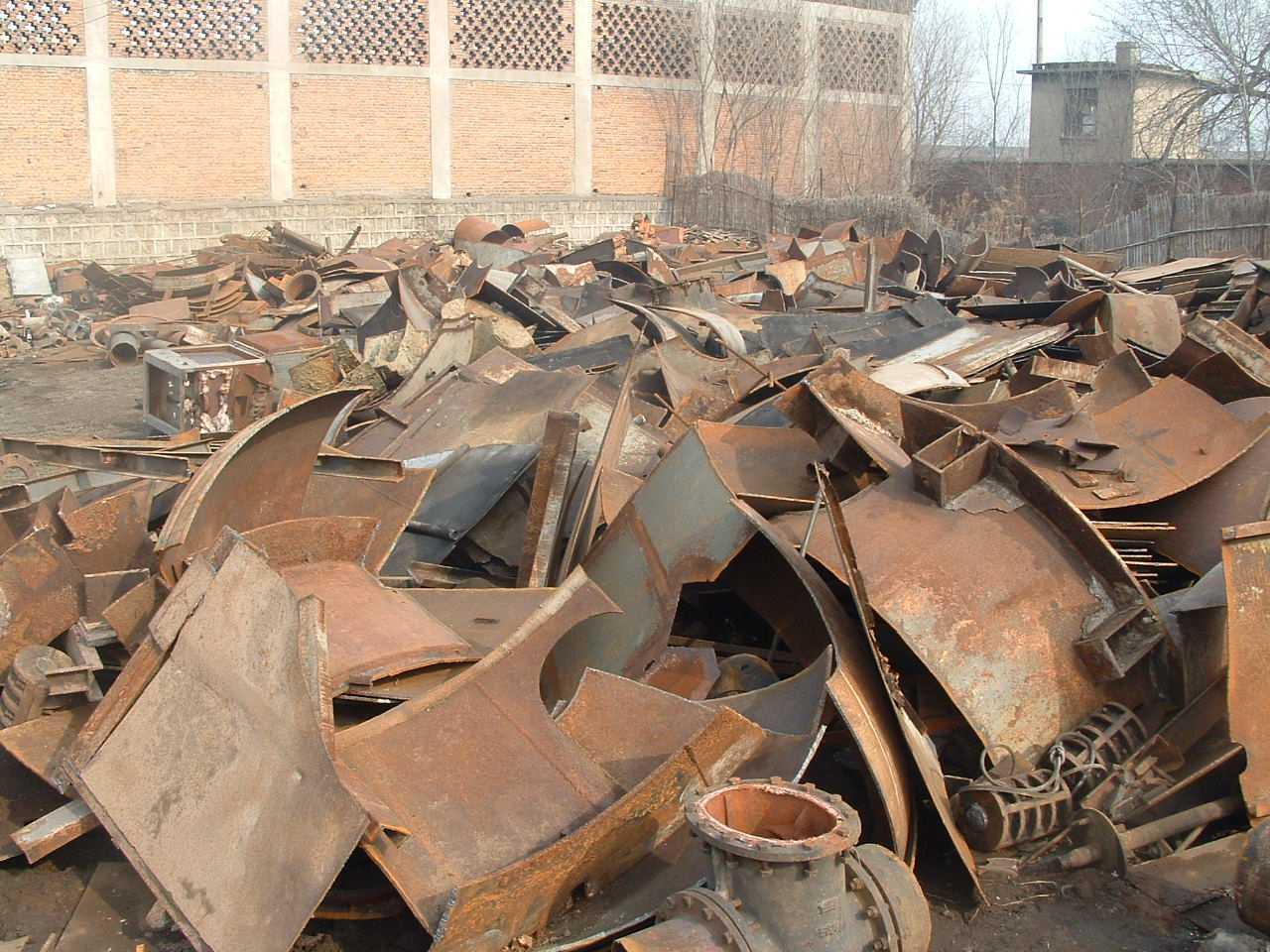 乌海废铁是如何进行回收的呢?