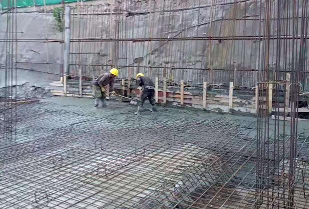 低温条件下成都商品混凝土施工的裂缝控制