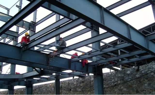 关于四川钢结构工程的细节问题