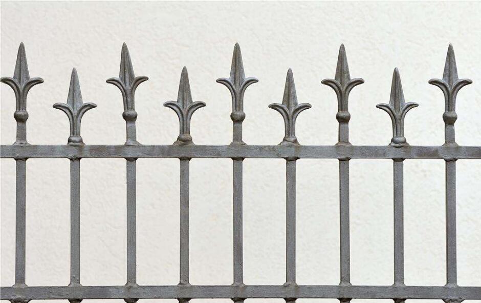 四川钢护栏讲解栅栏在生活中的应用