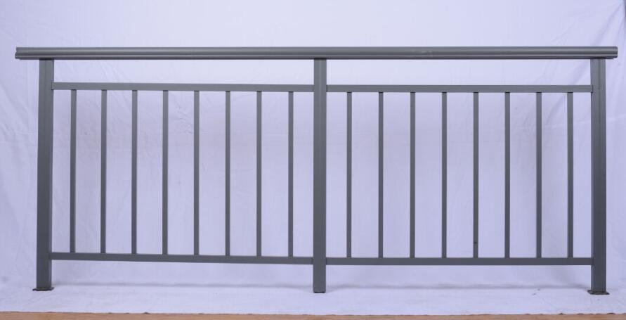 四川钢护栏浅析护栏的六大特点