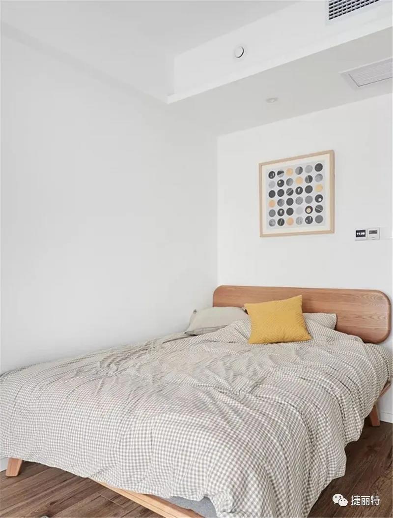 臥室小到隻能塞一張床,該如何做收納?